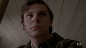 american-horror-story-kit-evan-peters.png