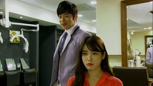 You-re.the.Best.Lee.Soon.Shin.E15.130427.HDTV.XViD-HANrel.a.jpg