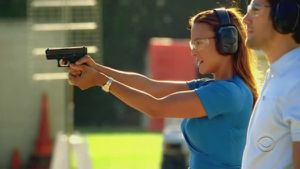 600px-Natalia_Boa_Vista_shooting_Glock_26_at_the_gun_range.jpg