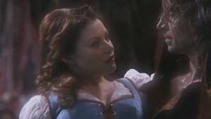 Bella---Emilie-de-Ravin-Once-Upon-a-Time.jpg