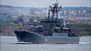 Russian-military-landing-craft-Ceasar-Kunikov.jpg