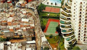 Bidonville-Hotel-Sao-Paulo-640x368.jpg