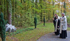 WaldfriedhofLebensflussSegnung 04 Sternenkinder