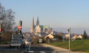 CHARTRES ALLER