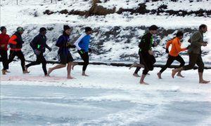 Corsa a piedi nudi sulla neve (4^ ed.). Ritorna il 3 marzo, la gara ideata da Maurizio Cavagna per ricordare la Ritirata di Russia