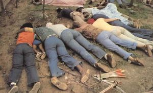 jonestown-massacre.jpg