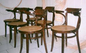 serie de 6 chaises cannées Thonet