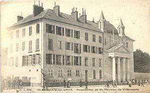 Hôtel de Soissons, Pensionnat des Dames de Saint-Thomas, 15 rue de Louviers Saint-Germain-en-Laye