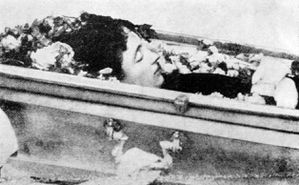 Dagny Juel in her coffin