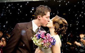 ceremonie-sorie-d-eglise-mariage-bulle.jpg