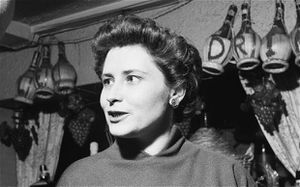 Doris-Lessing-en-1957--cinq-ans-avant-la-publication-de-The.jpg