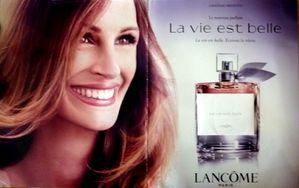 Lancome-La-vie-est-belle-pub-2012-Julia-Roberts.JPG