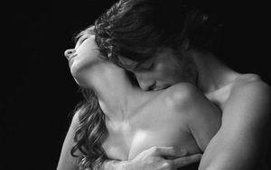 baiser dans le cou