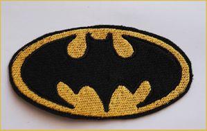 batman-begin-logo-copie-1