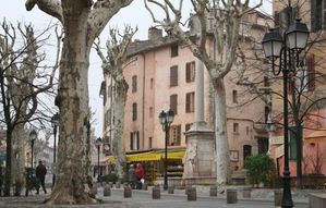 Lorgues-France.jpg