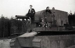 Panzerattrappen-002-Kopie-1.jpg