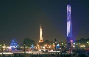 Illumination-Concorde-Obelisque-Tour-Eiffel-630x405-C-OTCP-.jpg