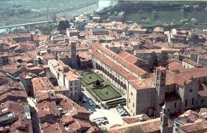Bobbio_Monastero-San-Colombano_10102005-153548.jpg