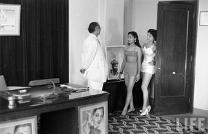 Girls Auditioning for Hindi Movie - Kardar Productions 1951