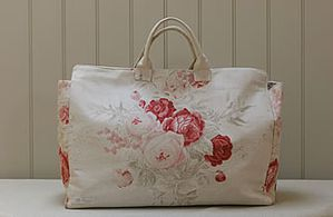canvas-luggage-bag-roses-design-only-1-.jpg