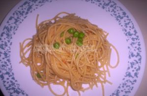 pasta-with-pumpkin-puree-and-green-peas.jpg