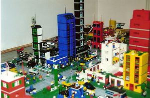 800px-Lego_Chicago_City_View_2001.jpg
