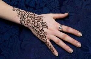 Mehndi-Designs-for-Kids-4.jpg