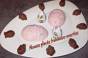 Mousse-glacee-framboise-smarties2