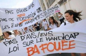 Gironde-des-eleves-handicapes-prives-de-rentree-faute-d-ass