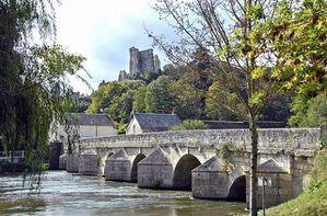 Lavardin-Bridge-Sept07-D6305sAR800
