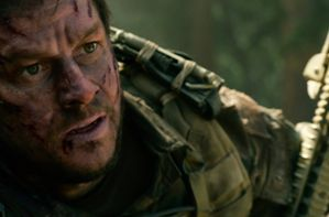 VIDEO-Mark-Wahlberg-part-en-guerre-dans-le-trailer-de-Lone-