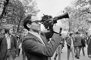 Jean-Luc-Godard-est-il-vraiment-antisemite_portrait_w532.jpg