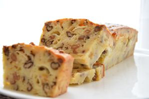 cacke chèvre noix raisins (8)