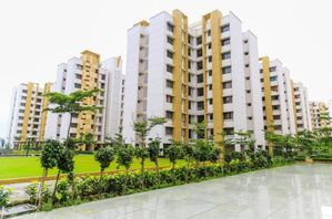 1383992830 564717904 3-1-BHK-flats-in-Lodha-The-Rise-for-sa