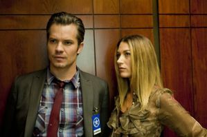 JUSTIFIED-The-Life-Inside-Season-2-Episode-2-6-550x366.jpg