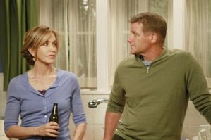 Desperate-Housewives-Whats-to-Discuss-Old-Friend-Season-8-E.jpg