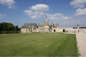 Chateau chantilly (1)