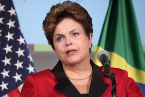 http://img.over-blog.com/300x199/0/52/79/00/image3/Dilma-Rousseff.jpg