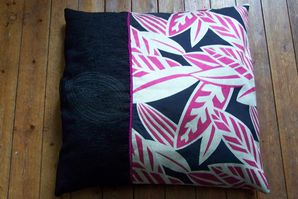 coussin feuilles rose