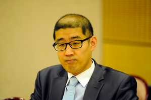 ji-young-chul_colloque_coree_12-avril-2014.png