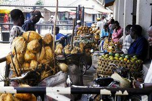 Dar-es-Salaam-auf-dem-Weg-zum-Markt.jpg