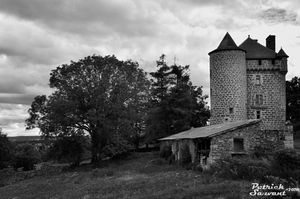 chateau-d-ombret.jpg