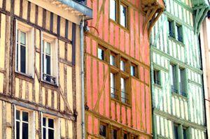IMGP0069-Troyes-rue-Larivey.JPG