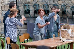 2012aout30_Theatre_Equipe_Foyer_Rural_Langlade_-copie-1.jpg