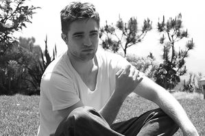 Robert Pattinson - TV Magazine Outtake 5