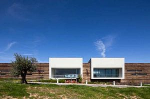 Bodegas-Logowines-PMC-Architects1-587x390