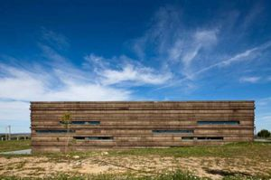 Bodegas-Logowines-PMC-Architects2-587x390