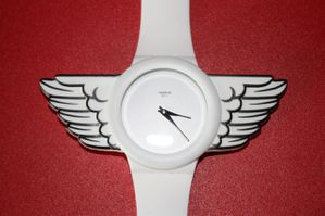 JS-wings-watch 1805