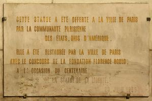 1024px-Liberty_grenelle_inscription.jpg