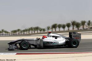 Mercedes-GP---Michael-Schumacher--4-.jpg